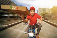 人民日报批美团饿了么等外卖平台:别让骑手那生命送餐